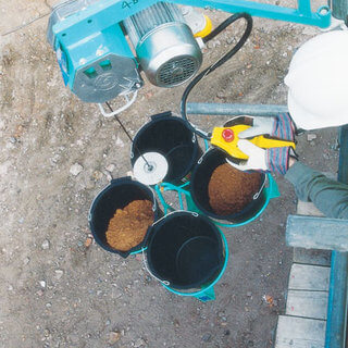 4 Bucket Carrier