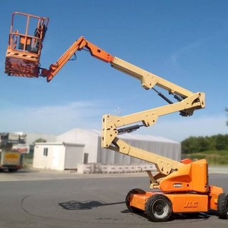JLG M450AJ Cherry Picker - Electric (16m)